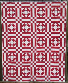 "Sparkling! VINTAGE c1930 Red & White QUILT Large 92x74""  Gift Quality Beauty www.Vintageblessings.com"