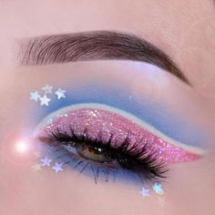 Bright Eye Makeup, Dramatic Eye Makeup, Edgy Makeup, Colorful Eye Makeup, Eye Makeup Art, Crazy Makeup, Pretty Makeup, Eyeshadow Makeup, Makeup Inspo