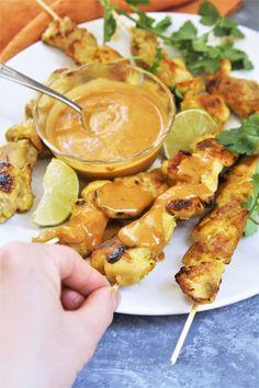 Chicken Satay Skewers with Peanut Sauce - The Tasty Bite Peanut Sauce Chicken, Spicy Peanut Sauce, Peanut Sauce Recipe, Grilling Recipes, Cooking Recipes, Thm Recipes, Recipies, Chicken Satay Skewers, Chicken Tenders