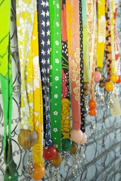 Avainnauhoja Lanyards, Key Fobs, Knots, Diy And Crafts, Diy Ideas, Crafting, Sewing, Fabric, Bags