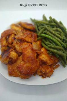 Barbecue Chicken Bites. Boneless chicken breast cut into bite sized pieces and sautéed with onions and barbeque sauce // chicken // bbq // dinner // #chicken #bbq Barbeque Sauce, Barbecue Chicken, Rotisserie Chicken, Grilled Chicken, Baked Chicken, Easy Chicken Dinner Recipes, Easy Meals, Chicken Bites, Boneless Chicken Breast