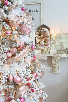 Hi friends! It's that time of year again for the new Christmas look in my home. This year I decided to go with a pink tree in my living ro...