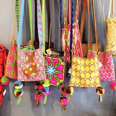 Artefakto, Decoration in Sayulita, Nayarit Mexico - HUICHOL COMMUNITY BAGS
