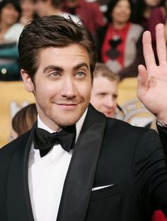 Jake Gyllenhaal Photos: 12th Annual Screen Actors Guild Awards - Arrivals