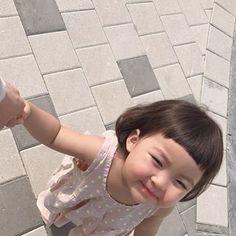 Cute Baby Meme, Cute Baby Couple, Cute Little Baby Girl, Black Baby Girls, Cute Baby Girl Pictures, Baby Memes, Pretty Baby, Little Babies, My Baby Girl