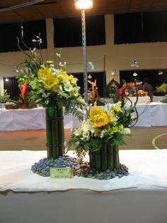 Daum 블로그 - 이미지 원본보기 Floral Centerpieces, Floral Arrangements, Flower Arrangement, Centrepieces, Design Art, Floral Design, Flower Decorations, Table Decorations, Hand Bouquet