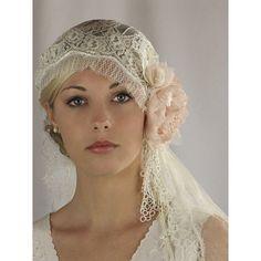 20s style veil.