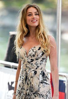 Amber Heard – Photocall at Venice Film Festival Amber Heard Bikini, Amber Heard Hot, Beautiful Celebrities, Beautiful Actresses, Beautiful Women, Amber Head, Venice Film Festival, Carmen Electra, Bollywood Girls