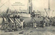 Fort de France, débarquement du Charbon, années 1900