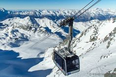 """Winter wonderland Vallées"""" - snow sports paradise in Valais W Hotel, Winter Walk, Winter Hiking, Design Hotel, Wallis, Family Vacation Spots, Tourist Office, Ski Touring, Scary Places"""