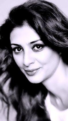 Mira Rajput, Actress Anushka, Exotic Women, Tabu, Sonakshi Sinha, Indian Celebrities, Black N White, Beautiful Indian Actress, Cinnamon Rolls
