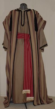 Adult biblical costume- the layering piece and belt make it look so authentic.