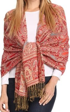 Ways To Wear A Scarf, How To Wear Scarves, Fashion Now, Fashion Over 40, Colored Weave, Hippy Chic, Estilo Hippie, One Step, Cashmere Wrap