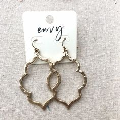 Hammered Earrings Hammered Gold, Dress Up, Falls Church, Personalized Items, Stylish, My Style, Earrings, Accessories, Beautiful
