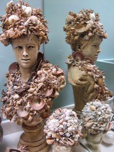 Vignettes Antiques: Summer's Grand Debut Sea Crafts, Mosaic Crafts, Seashell Art, Seashell Crafts, Shell Chandelier, Shell Decorations, Mannequin Art, Beach House Decor, Rock Art