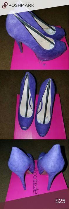 Shoe dazzle purple pumps Shoe dazzle peep toe purple pumps Shoe Dazzle Shoes Heels