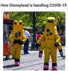 """Only on the hard day. Comment if you been through Please pin it on these board """"funny"""" """"humour"""" """"memes"""" funhumour"""" """"picture"""" this 20 Disney Jokes, Funny Disney Memes, Stupid Funny Memes, Funny Relatable Memes, Haha Funny, Funny Cute, Siri Funny, Funny Stuff, Funny Humour"""