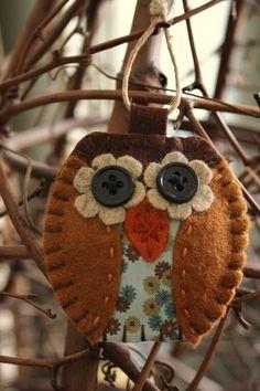 owl+felt+and+fabric+ornament+decoration+by+urbanpaisley+on+Etsy,+$12.00