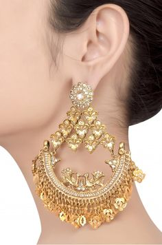 Tribe Amrapali offers unique handcrafted silver jewellery, fashion jewellery and tribal jewellery online and ships worldwide. Indian Jewelry Earrings, Gold Jhumka Earrings, Jewelry Design Earrings, Gold Earrings Designs, Fashion Earrings, Jewelery, Fashion Jewelry, Women's Earrings, Antique Jewellery Designs