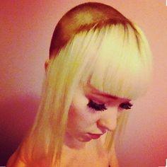 WEBSTA @ i_love_shaved_hair - Blonde Chelseacut100 likes for this#chelseacut #undercut #sidecut #buzzcut #baldgirl