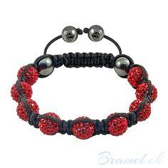 Shamballa Armband in Rot - http://bramel.ch/accessoires-shop/armband/shamballa-armband-rot/ http://bramel.ch/wp-content/uploads/2013/10/Shamballa-Armband-handgemacht-gebetsarmband-Schutzaura-Schmuckstueck-rot-600x600.jpg