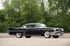 While Cadillac styling was refined from year to year, it nonetheless retained its basic essence until 1959, when unprecedented levels of flamboya