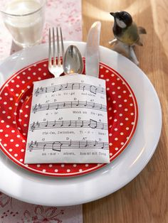 music theme place setting
