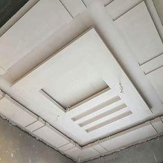 Plaster Ceiling Design, Gypsum Ceiling Design, House Ceiling Design, Ceiling Design Living Room, Bedroom False Ceiling Design, False Ceiling Living Room, Living Room Designs, Roof Ceiling, Ceiling Decor