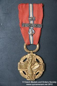 www.vyznamenani.net Badge, Campaign, Decorations, History, Bracelets, Jewelry, World, Historia, Jewlery