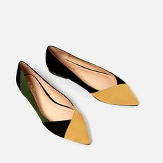 Fendi tastes on a Zara budget? We've rounded up eight un-boring Zara shoes you can buy right now — along with their designer doppelgängers. Pretty Shoes, Beautiful Shoes, Cute Shoes, Pretty In Pink, Me Too Shoes, Shoes Flats Sandals, Shoe Boots, Flat Shoes, Daily Shoes