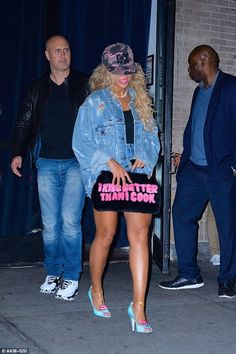 Beyonce Knowles wearing Gucci Molina Leather Lips Pumps, Ivy Park Logo Snapback Cap, Akid Custom Distressed Denim Jacket and Blood & Honey I Kiss Better Than I Cook Mink Clutch