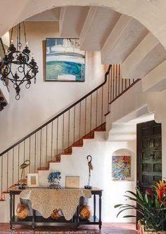 2012 Pasadena Showcase House of Design. Entrada & Powder Room by Christina Lauren.
