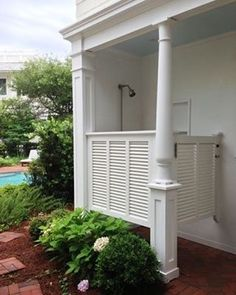 More #outdoor #shower #inspiration  Photo source: @pinterest  #poolhouse