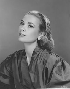 Grace Kelly Grace Kelly was an American movie star who married Monaco's Prince Rainier III in 1956, raising her profile as she became a royal. She died in 1982 while driving with her daughter in France, apparently suffering a stroke while in the driver seat on a mountainous road. Her daughter survived, but suffered serious injuries