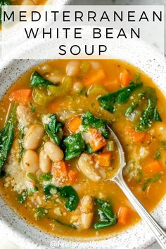 Try this vegan Mediterranean White Bean Soup for lunch of dinner. It's a quick gluten free soup recTry this vegan Mediterranean White Bean Soup for lunch of dinner. It's a quick gluten free soup recipe that's filled with vegetables and plant-based protein Best Soup Recipes, Whole Food Recipes, Cooking Recipes, Healthy Recipes, Protein Recipes, Healthy Vegetable Soups, Simple Soup Recipes, Healthy Fall Soups, Keto Recipes