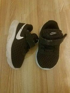 sneakers for cheap 3e7ef cb0b2 Nike Tanjun (TDV) black white Toddler Size 5c GUC  fashion  clothing