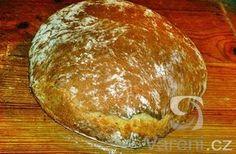 Vynikající doma pečený chléb mojí babičky, která žila na venkově a zůstal mi od dětství v paměti. Recept věnuji památce mojí babičky k jejím nedožitým 112. narozeninám.