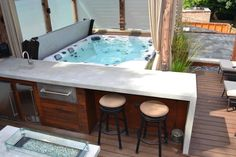 25 Best Backyard Hot Tub Deck Design Ideas for Relaxing - GODIYGO.COM To treat yourself well, you may need space in your home that is proper enough to escape from your tiring hectic day. Hot Tub Backyard, Fire Pit Backyard, Backyard Patio, Backyard Ideas, Hot Tub Gazebo, Jacuzzi Outdoor, Outdoor Spa, Outdoor Retreat, Outdoor Bars