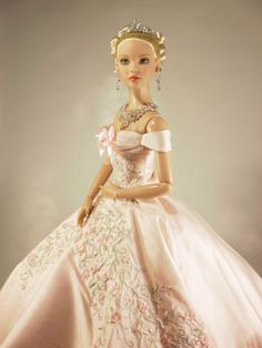 Barbie Bridal, Barbie Wedding Dress, Barbie Gowns, Barbie Dress, Barbie Clothes, Wedding Dresses, Bride Dolls, Barbie Princess, Beautiful Dolls