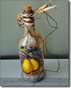 Resultado de imagen para how to fabric decoupage wine bottle Painted Wine Bottles, Hand Painted Wine Glasses, Bottles And Jars, Diy Bottle, Wine Bottle Crafts, Bottle Art, Decoupage Art, Decoupage Vintage, Jar Art