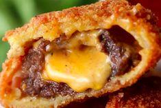 Deze cheeseburger-uienringen met kaas zijn het perfecte borrelhapje