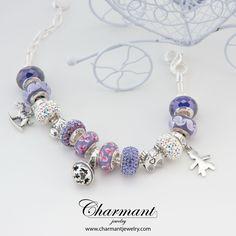 Per iniziare la giornata guardo il sorriso di un bambino.  www.charmantjewelry.com  #beads #braccialecomponibile #campanellino #sorpresa #bimba #novità2017 #charmant #primavera #libertà #cavlluccio