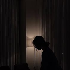 A woman in a dark room. A woman standing by windows at night. Night Aesthetic, Aesthetic Photo, Aesthetic Girl, Aesthetic Pictures, Dark Room Photography, Photography Poses, Amazing Photography, Sad Girl Photography, Window Photography