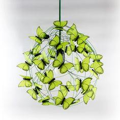 """Lámparas colgantes - Lampara con mariposas """"Verde que te quiero verde"""" - hecho a mano por Marcela-Delacroix en DaWanda"""