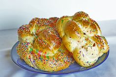rosh hashanah round challah.  i will attempt some day.