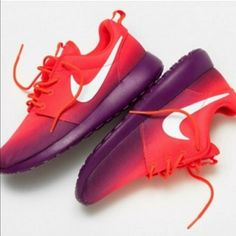 Nike ombré Roshe Running shoes Size 7 Nike Shoes Athletic Shoes