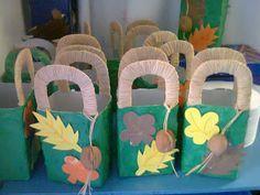 Duendes Mágicos Artes @: Ideias Para os Sacos / Cestas de Pão Por Deus II Fall Crafts, Halloween Crafts, Crafts For Kids, Craft Club, School Decorations, Ideas Para Fiestas, Autumn Activities, Working With Children, Autumn Theme