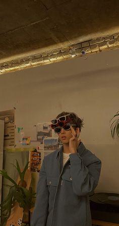 Soft Wallpaper, Wallpaper Pictures, Park Jisung Nct, Model Poses Photography, Boy Idols, Pop Photos, Emo Boys, Mamamoo, Swagg