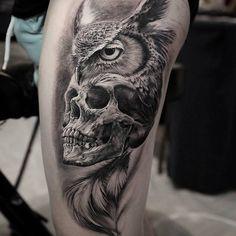 Tattoo by Alex Bruz – Tattoos Owl Skull Tattoos, Mens Owl Tattoo, Skull Tattoo Flowers, Animal Tattoos, Leg Tattoos, Body Art Tattoos, Tattoos For Guys, Sleeve Tattoos, Cool Tattoos