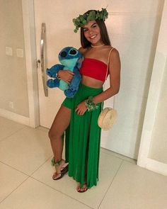 Stitch Halloween Costume, Moana Halloween Costume, Cute Group Halloween Costumes, Couples Halloween, Cute Costumes, Halloween Outfits, Lilo And Stitch Costume, Cheap Costume Ideas, Mexican Halloween Costume